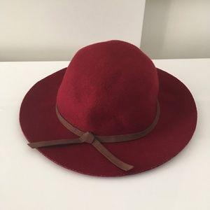 Zara Burgundy Wool Hat
